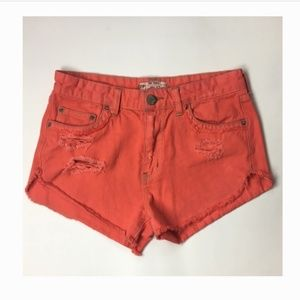FREE PEOPLE Shorts Sz 26 Coral Pink Distress